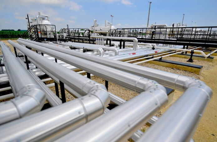 dutch gas processing plant opens in hungary